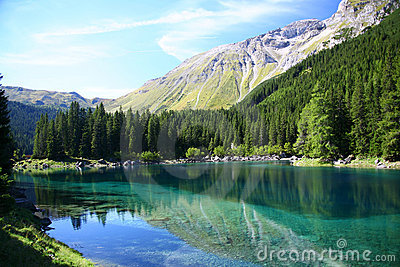 Picturesque lake and alps
