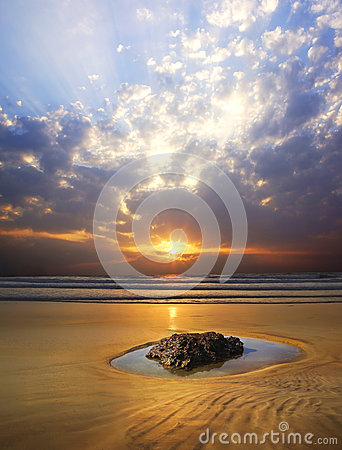 Picturesque seascape during sunset