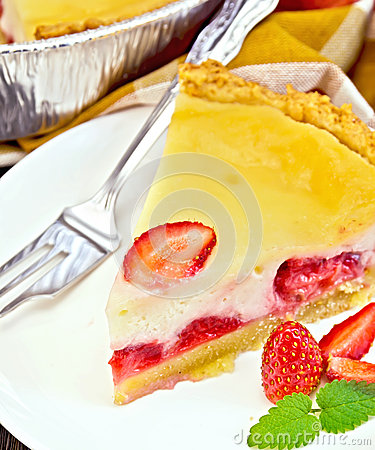Free Pie Strawberry With Sour Cream And Mint On Board Stock Photo - 63334160