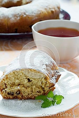 Biscuit pie and tea