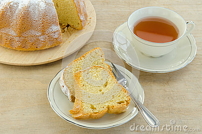 Piece of cake with tea