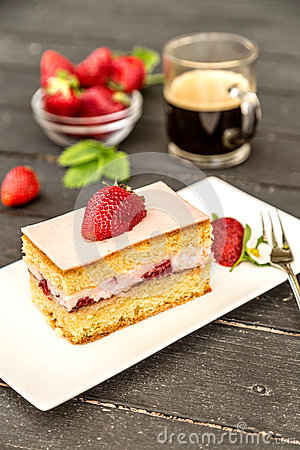 Free Piece Of Strawberry Cake Stock Images - 53962074