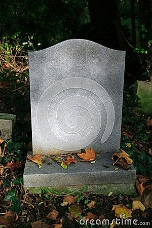 Piedra sepulcral en blanco