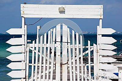 Pier gate