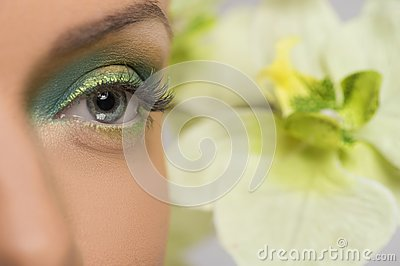 Piękny makijaż.