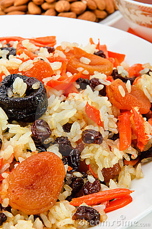 Pilaf made ​​of rice and dried fruits.