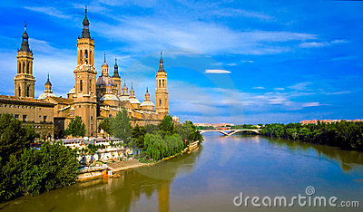 Pilar s cathedral and Ebro river