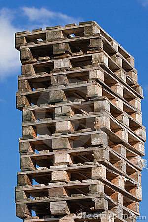 Pile of euro pallets (1)