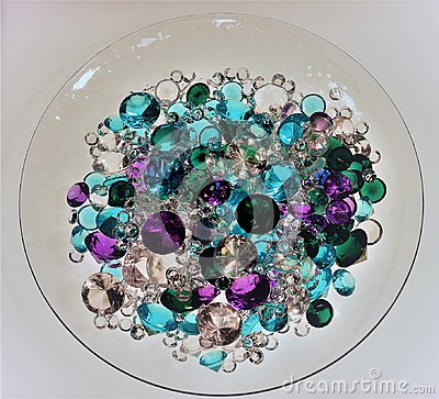 Free Pile Of Diamonds, Rubies, Emeralds And Sapphires Stock Photography - 114942292