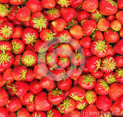 Free Pile Of Fresh Strawberries As Background Stock Image - 85990721