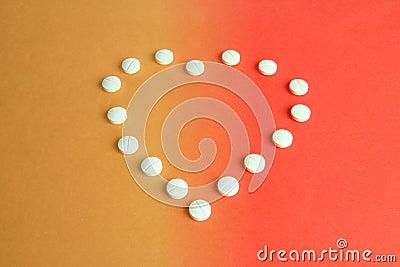 Pillole a forma di del cuore