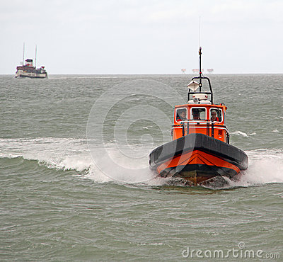 Pilot boat and waverley paddle steamer Editorial Image