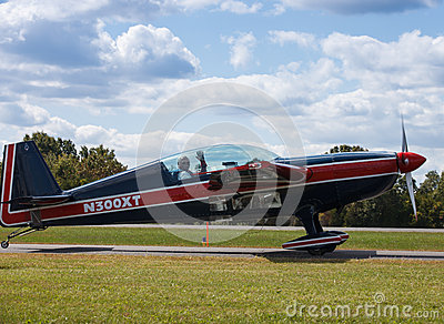 Pilot Charlie Swanker in Plane Leesburg Airshow Editorial Photo
