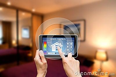 Pilota domowy system kontrolny na cyfrowej pastylce