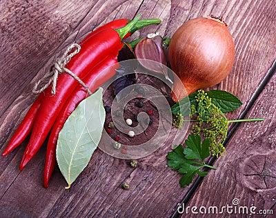 Pimenta e especiarias vermelhas