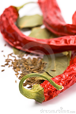 Pimento, caraway and bay leaves