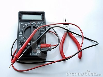 Pincers and multimeter