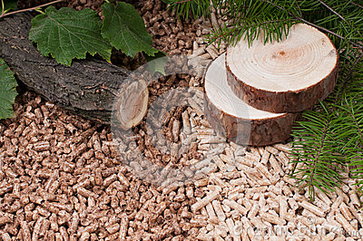 Pine and oak pellets