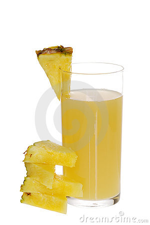 Pineapple Juice With Fruit Slices