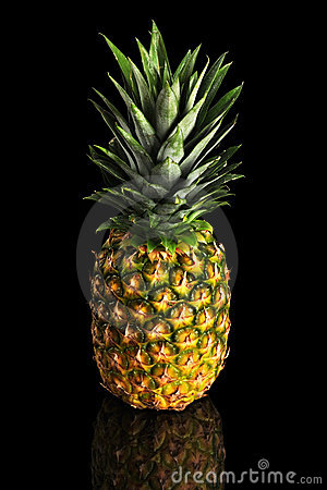 Free Pineapple Over Black Background Royalty Free Stock Photos - 17655908