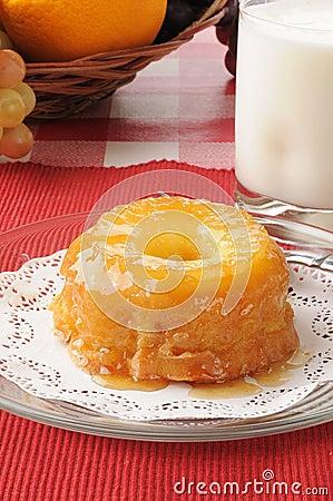 Pineapple upside down dessert cake