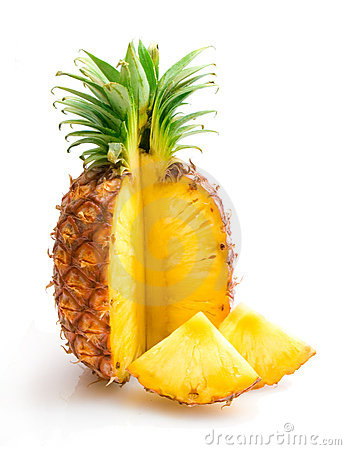 Free Pineapple With Slices Royalty Free Stock Photos - 12388728