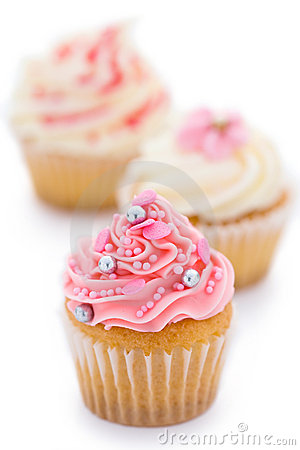 Free Pink And White Cupcakes Stock Photos - 9712953