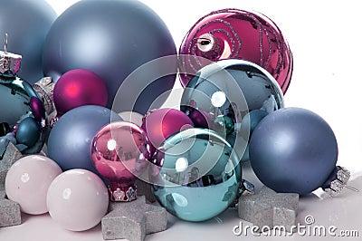Pink and aqua Christmas balls