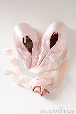 Free Pink Ballet Shoes Royalty Free Stock Photos - 502848