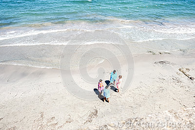 Pink And Blue Person Near Beach Free Public Domain Cc0 Image