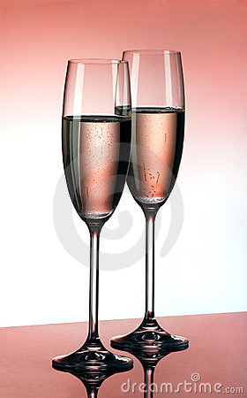 Free Pink Champagne Royalty Free Stock Photos - 4070848