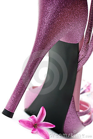 Free Pink Fashion High Heels Shoe Royalty Free Stock Photos - 13576538