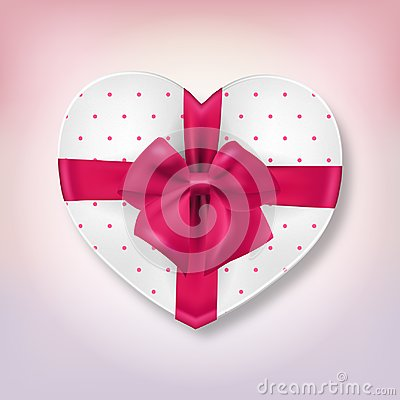 Free Pink Heart Shape Gift Box Royalty Free Stock Photography - 109153957