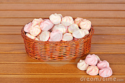 Pink marshmallows in the basket