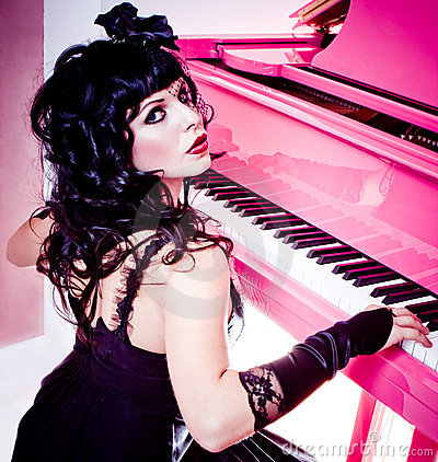 Free Pink Piano Stock Images - 9377964