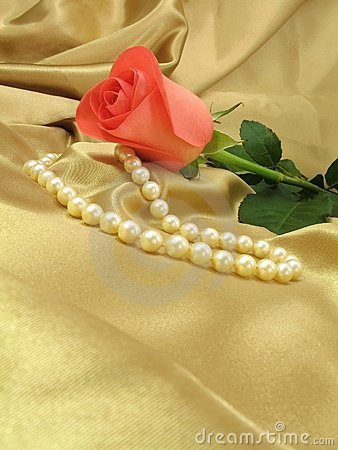 Free Pink Rose And Pearls On Gold Satin Stock Images - 1858974