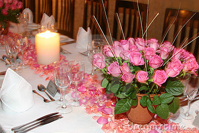 Pink rose table setting