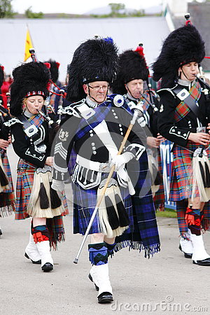 Free Pipe Band At Newtonmore Highland Games Stock Photography - 79539362