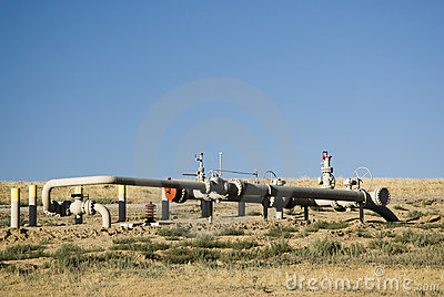 Pipeline valving