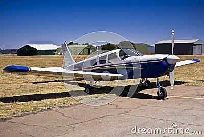 Piper PA-32 Cherokee Six Saratoga