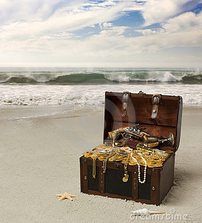 Free Pirate Chest Royalty Free Stock Photo - 5123455