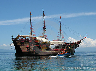 Pirate Cruise Ship