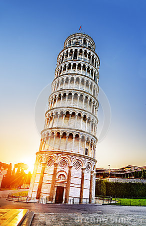 Free Pisa Leaning Tower, Italy Royalty Free Stock Images - 39946349