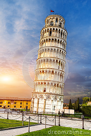 Free Pisa Leaning Tower, Italy Royalty Free Stock Images - 42039119