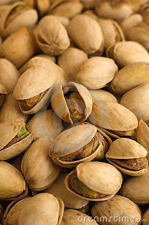 Free Pistachios Royalty Free Stock Photos - 8479498