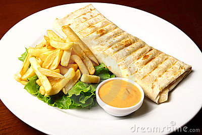 Pita with fries and sauce