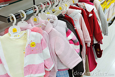Best stores for baby clothes. Girls clothing stores