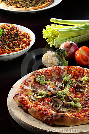 Free Pizza And Pasta Stock Images - 17451214