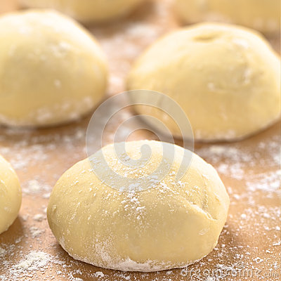 Free Pizza Dough Royalty Free Stock Photography - 52028497