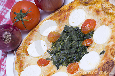 Pizza goat cheese and spinach